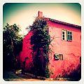 A-POIS Giuditta Nelli - Senegal 2012 - Île De Gorée, Une maison rouge.JPG