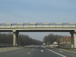 A1 motorway (Romania) - A1 motorway Bucharest – Pitești segment – DC overpass at km 55 (westbound view)