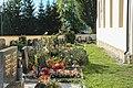AT-62418 Kath. Pfarrkirche hl. Martin und Friedhof - Lind bei Velden 10.jpg