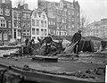 Aanvoer kolen in de Achtergracht te Amsterdam, Bestanddeelnr 914-7123.jpg