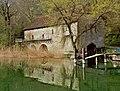 Abbaye de Hautecombe hangars à bateau.jpg