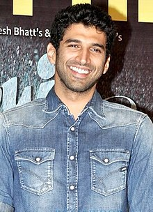 Aditya Roy Kapur at AASHIQUI 2's success bash at Escobar.jpg