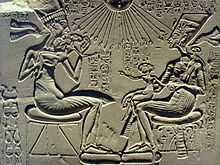 external image 220px-Akhenaten%2C_Nefertiti_and_their_children.jpg