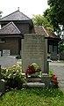 Algemene Begraafplaats Lekkerkerk. Oorlogsmonument (3).jpg