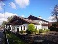 Alpine Ayingerbrau Gasthof (21434469174).jpg