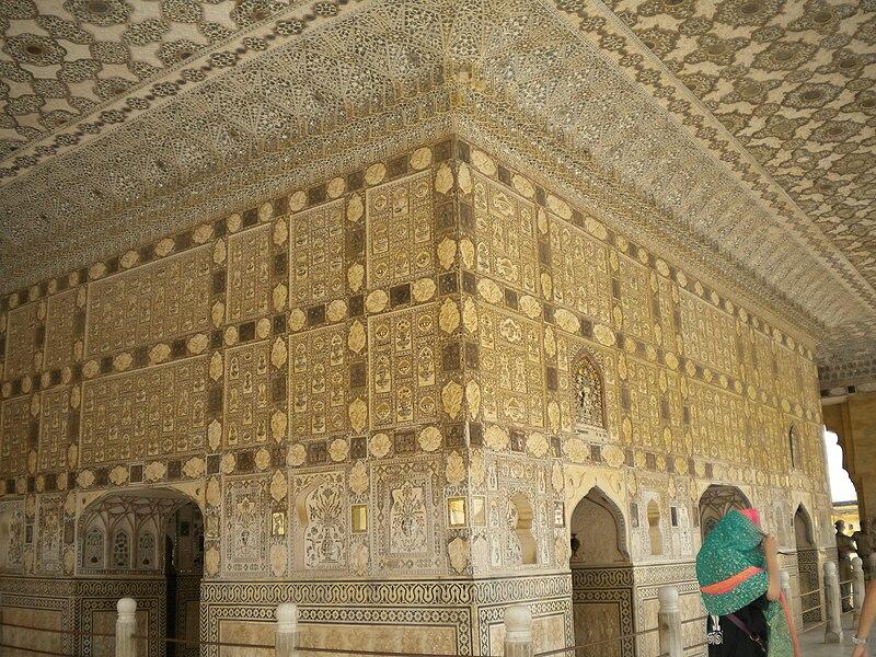 File:Amber Fort - Sheesh Mahal Interior.jpg