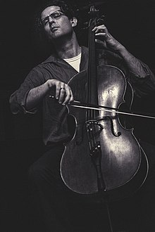 Amit Peled Cellist.jpg