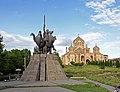 Andranik statue - Cathedral of Yerevan.jpg