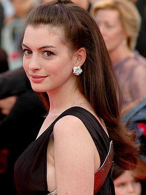 Hathaway, Anne (1982-)