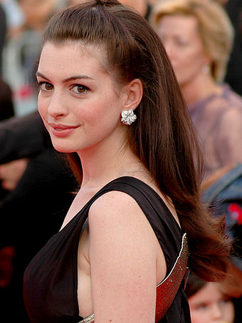 Hathaway at the 2007 Deauville American Film Festival Anne Hathaway at the 2007 Deauville American Film Festival-01A.jpg