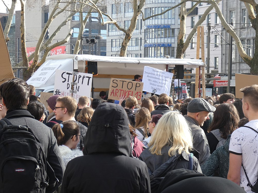 Artikel 13 Demonstration Köln 2019-02-23 044.jpg