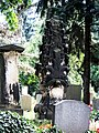 Auf dem Neustädter Friedhof - panoramio.jpg