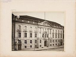 Preußisches Innenministerium, W. Van Delden [CC0], via Wikimedia Commons