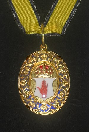 Baronet - Neck decoration, depicting the Red Hand of Ulster, for English, Irish, GB and UK baronets