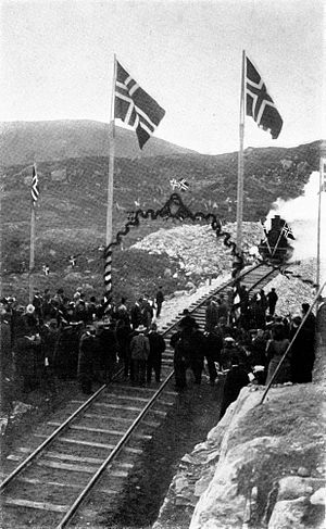 Bergen Line - The ceremony at the completion of the track at Ustaoset in 1907.