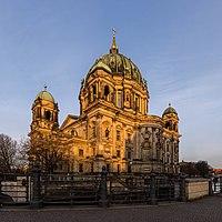 Berliner Dom, Ostseite, 160402, ako.jpg