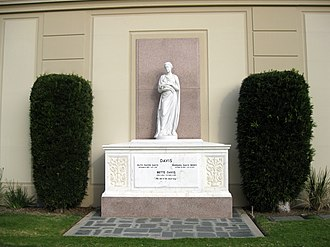 Forest Lawn Memorial Park (Hollywood Hills) - Bette Davis' tomb