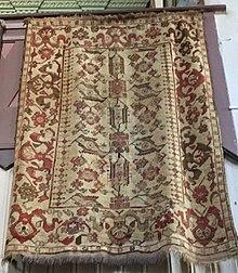 White ground (Selendi) rugs[edit]