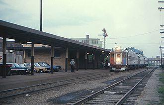 Black Hawk (Amtrak train) - The Black Hawk, made up of Budd Rail Diesel Cars, at Rockford in July 1975