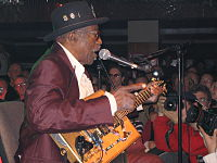 Bo Diddley during an April 21, 2005 concert at the Lucerna Bar in Prague