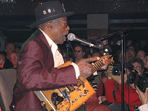 Deutsch: Bo Diddley in Prag (Lucerna Bar) Engl...
