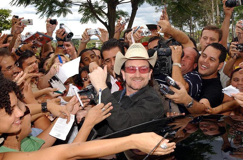 File:Bono and fans.jpeg