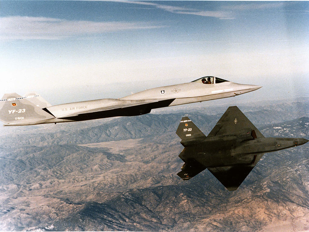 Both YF-23s in flight