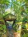 Brama Piekielna - pomnik przyrody --.jpg