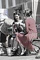 Breien en haken werd gewoon gedaan tijdens de bezetting bevrijdingsfestival Brielle.jpg