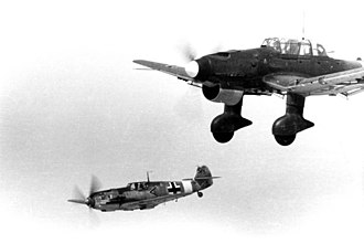 4th Army (Kingdom of Yugoslavia) - Image: Bundesarchiv Bild 101I 429 0646 31, Messerschmitt Me 109 und Junkers Ju 87