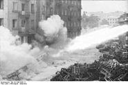 Bundesarchiv Bild 101I-696-0426-14, Warschauer Aufstand, Raketenwerfer-Einsatz
