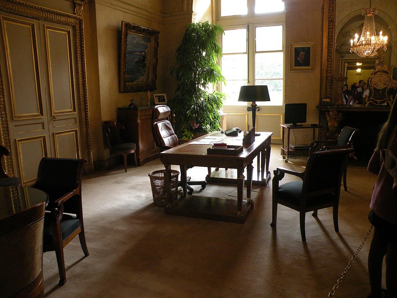 file bureau vice pr sident s nat2 jpg wikimedia commons. Black Bedroom Furniture Sets. Home Design Ideas