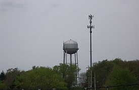 Calcutta, Ohio water tower.JPG