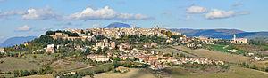 English: Panorama of Camerino Italiano: Panora...