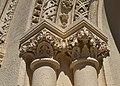 Capitells de la portalada de l'església de la Mare de Déu del Puig, València.JPG