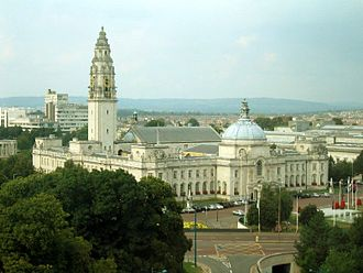 Henry Vaughan Lanchester - Image: Cardiff City Hall wide view