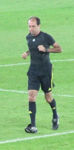 Carlos Eugênio Simon - Simon warming up before a match at the 2009 FIFA Club World Cup in Abu Dhabi.