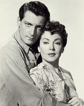 Carlos Thompson - Carlos Thompson and Lana Turner in Flame and the Flesh (1954)