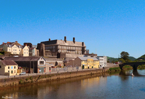 Carmarthenshire County Hall from across Towy.png