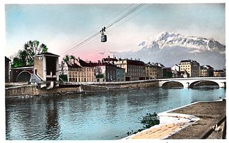 Grenoble-Bastille cable car - Lower station in 1934.
