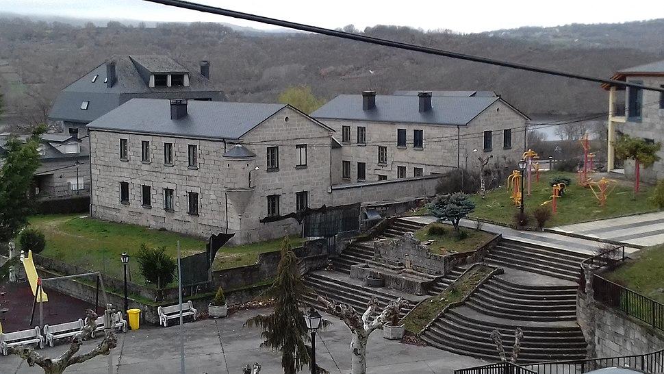 Casa cuartel A Veiga