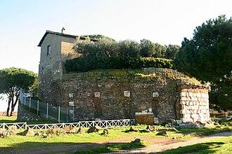 Appian Way Regional Park - Image: Casal rotondo 1