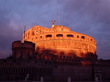 Castel Sant'Angelo all'alba.JPG