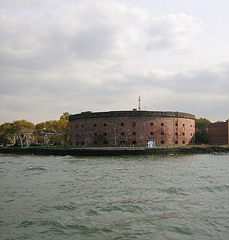 Polygonal fort - Castle Williams in New York Harbor, constructed from 1807 according to Montalembert's system