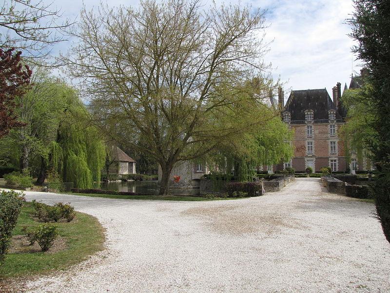 Château-Renard, Loiret. la Motte castle.