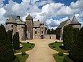 Château de cordès à Orcival.jpg