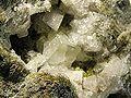 Chabazite-Calcite-Epidote-222379.jpg