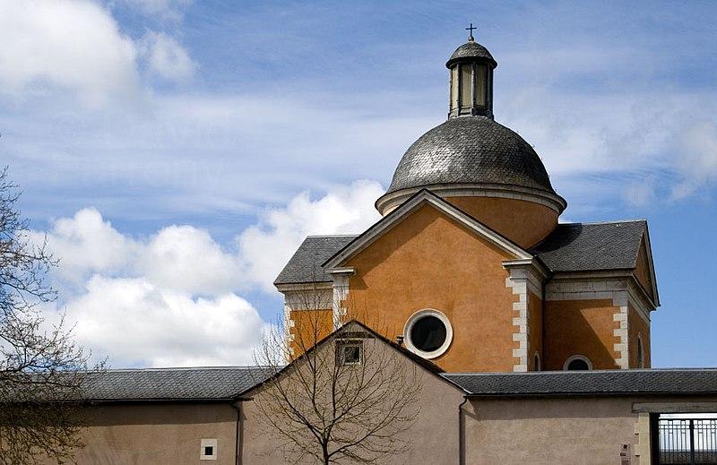 Fichier:Chapelle Paraire, Rodez.jpg