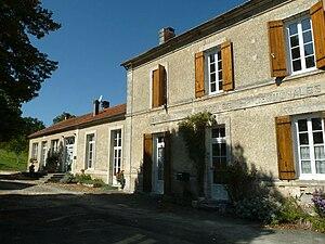 Châtignac - Town hall
