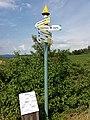 Chaussy - Poteau de signalisation pour les randonneurs - Saint-Maurice d'Ardèche, Rochecolombe, Leyris, Balazuc.jpg